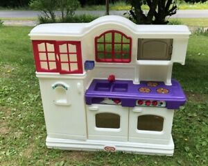 Little Tikes Victorian Kitchen