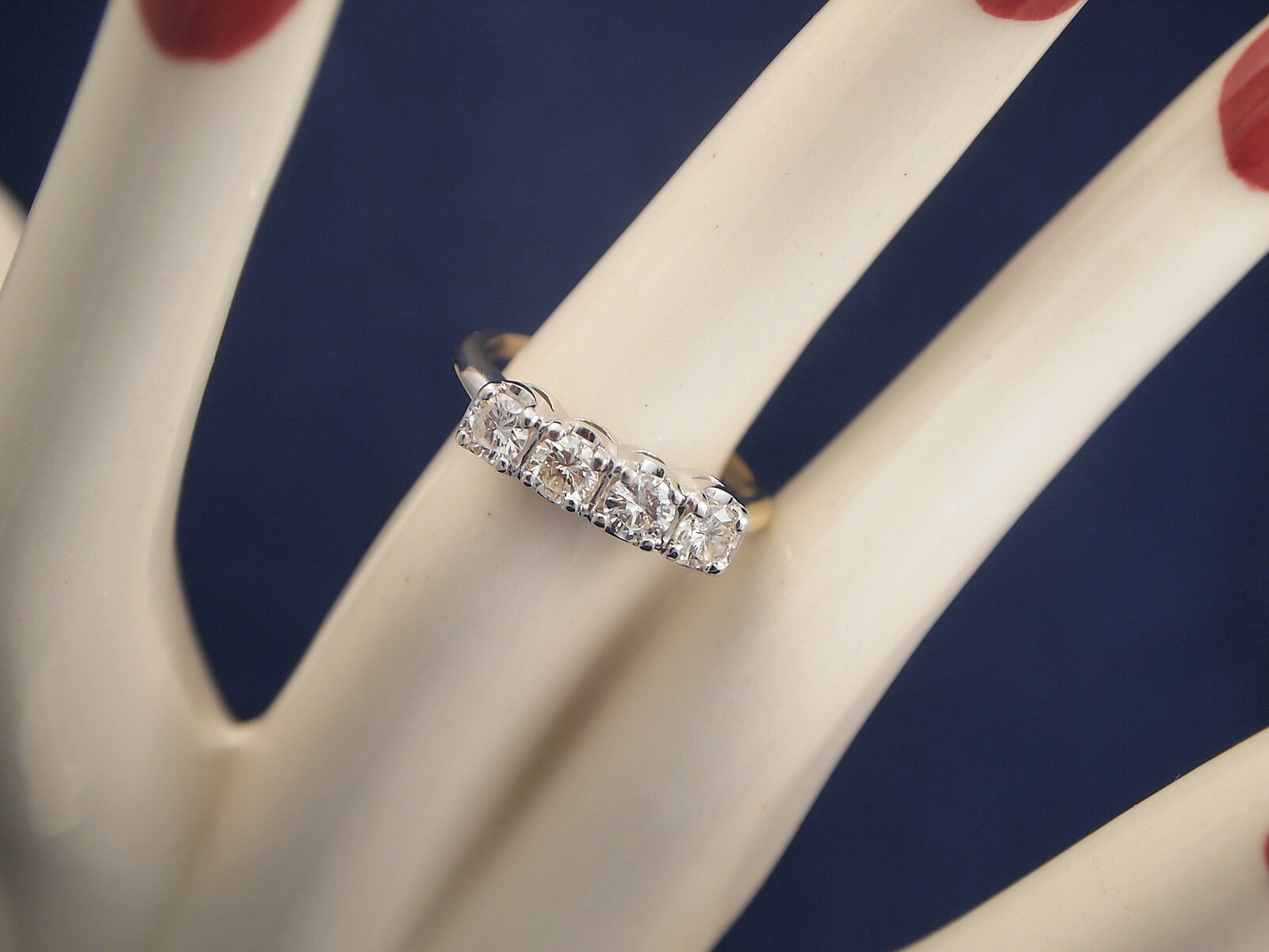 14K 1ct TDW Diamond Ring By  EXQUISITE   Size 7.5