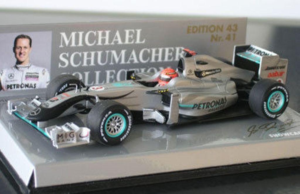 MINICHAMPS 400 100073 Mercedes GP F1 Modèle présenté Michael Schumacher 2010 1 43