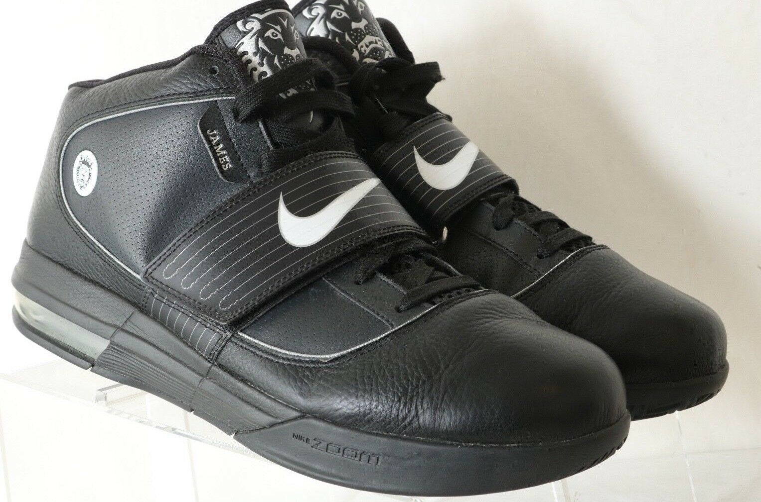 87ffd4f3562 ... denmark nike zoom witness soldier iv lebron james 407630 001 black  witness zoom high top mens
