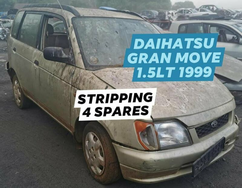DAIHATSU GRAN MOVE 1.5LT 1999 STRIPPING FOR SPARES