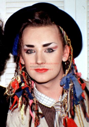 24 inch by 36 inch 06 80/'s Vintage Eighties Art Photo Poster BOY GEORGE