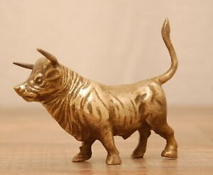Vintage-Solid-Brass-Bull-Figurine-Statue-Sculpture-3-5-034-tall-Excellent