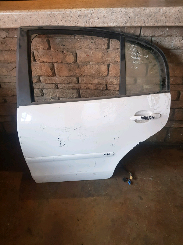 2004/2008 POLO CLASSIC LEFT REAR DOOR FOR SALE