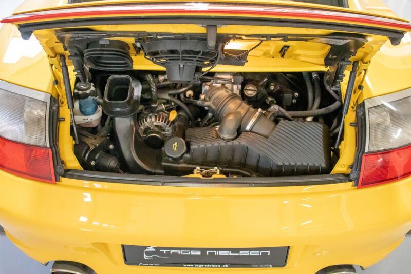 Porsche 911 Carrera 4S Coupé Tiptr. - 11