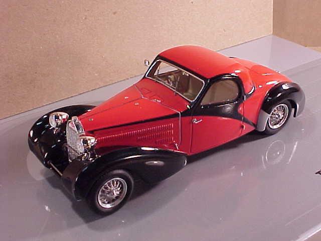 Minichamps Mullin Coll.1 43 Diecast 1939 Bugatti 57C Altalante, Red