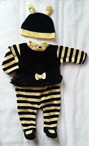 d029a668cd40c Pyjama velours abeille noir et jaune + bonnet bébé fille 1 MOIS
