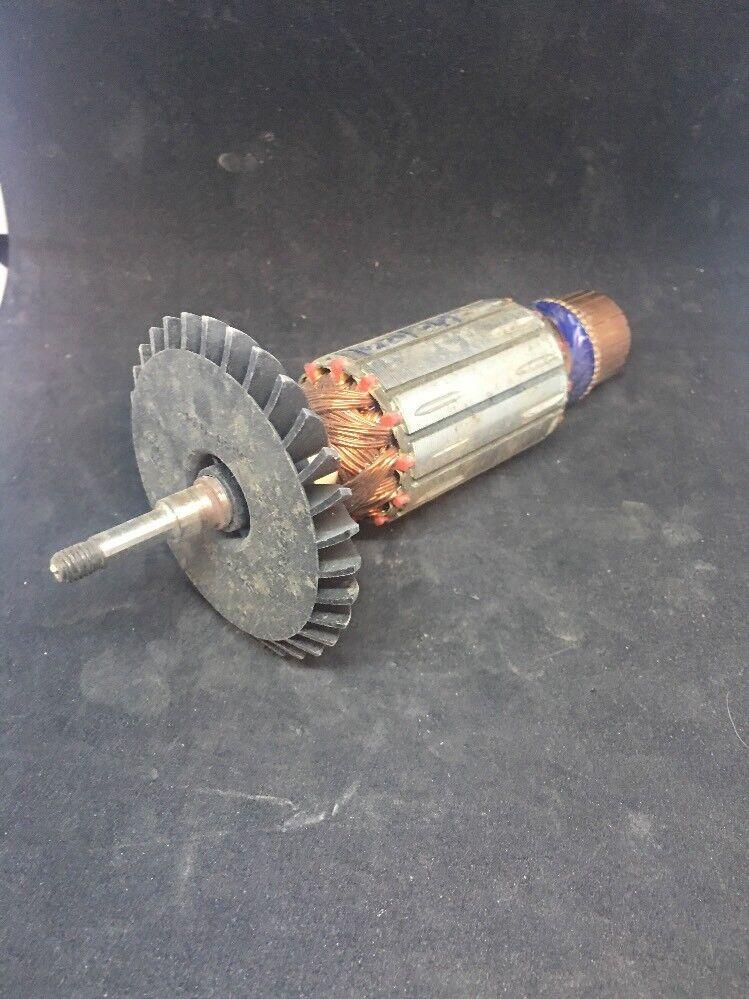 Dewalt Armature 402875-07. Free Shipping.