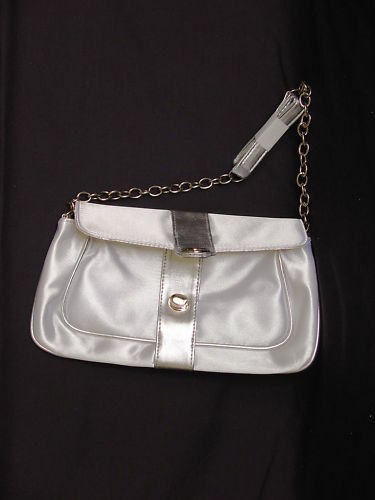 AVON Evening Bag Shimmering Pearl Chain Strap Silver NEW