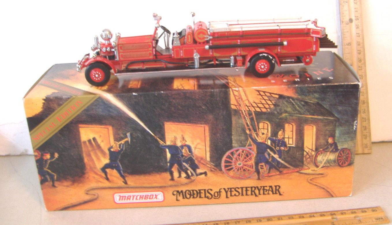 modelos Matchbox de antaño  1930 Ahrens-fox Fire Engine