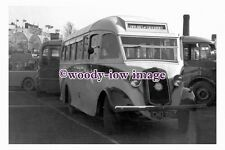 ab0128 - Taylor's of Caterham Coach Bus - CNO 716 - photograph