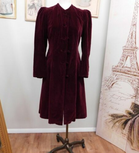 1940s Burgundy Red Velvet Coat For Study/Repair DA