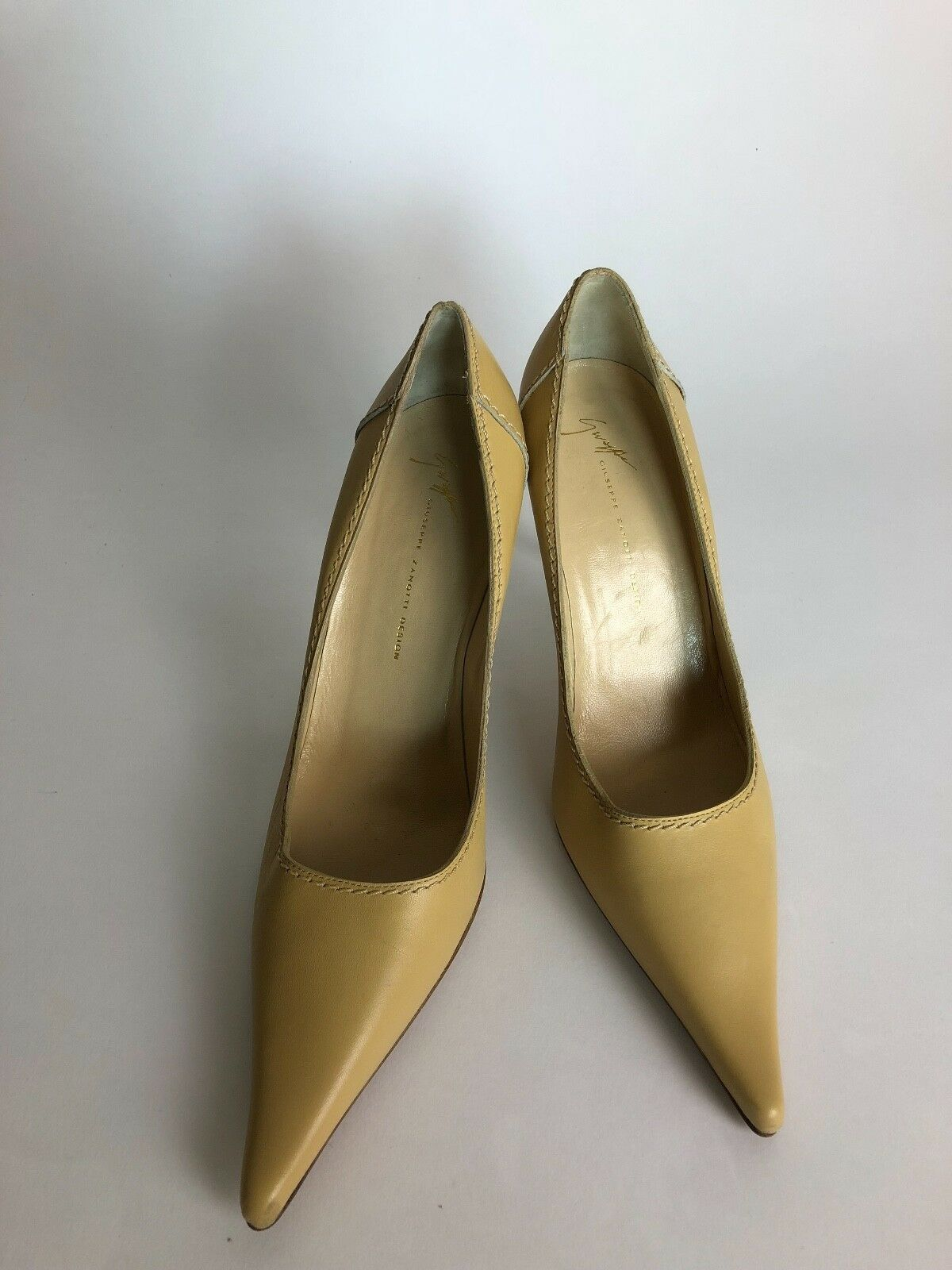 Guiseppe Zanotti Beige Tan Pointed Toe Pump Heels US Size 9 GREAT CONDITION