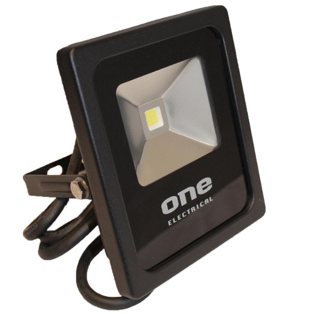 4 x LED de luces de inundación de Seguridad Reflectores al aire libre-Drive Garaje patio