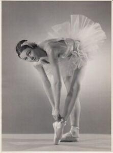 Seeberger-Freres-Yvette-Chauvire-circa-1940