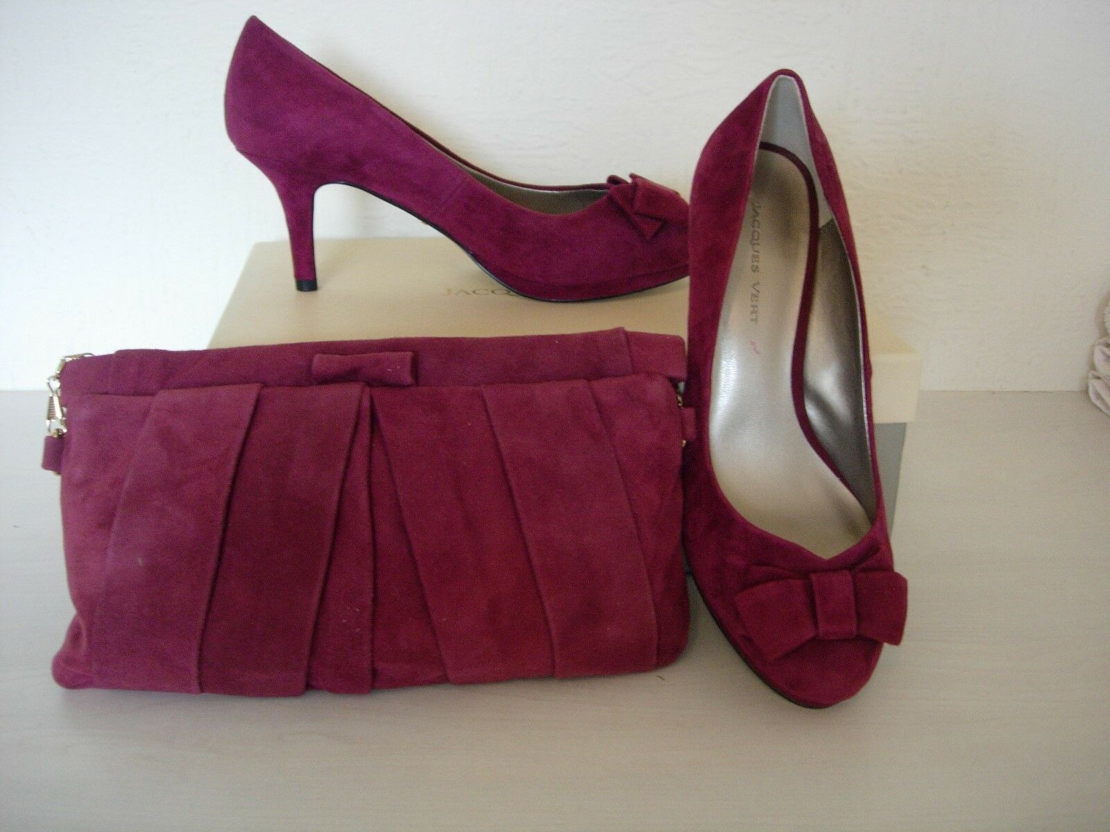 Jacques verde Zapatos Zapatos Zapatos De Gamuza Y BOLSO A JUEGO-Rojo Oscuro Talla 4-Nuevo  popular