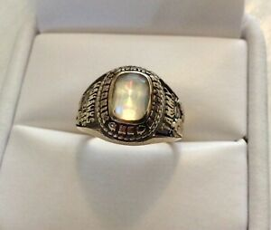 Good-Vintage-Solid-10K-Gold-American-College-Ring-With-Mystic-Topaz-Type-Stone