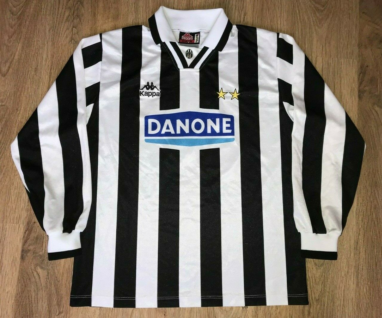 Juventus 1994 - 1995 rare vintage home long sleeve Kappa shirt size S
