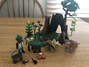 Playmobil-5233-Base-Scene-Baby-Dinos-Custom-Set-Jurassic-Cute
