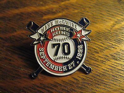 Mark McGwire Pin - MLB Baseball 70 Home Runs Single Season 1998 Lapel Hat Badge