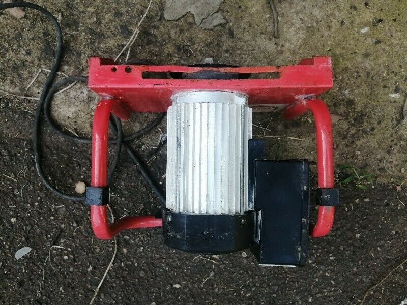 Tool House Tile Cutter