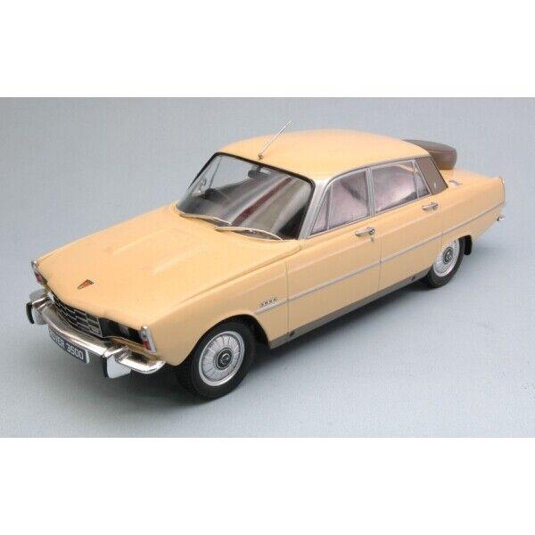 Mcg18046-rover 3500 v8 RHD Dark Yellow 1 18 Figure Model RC Car