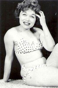 Org Vintage 1940s-50s Semi Nude RP- Brunette- Sitting