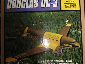 USAF Air Rescue Service Ertl DC-3 C-47 Military Airplane & Stand NIB-FREE SHIP