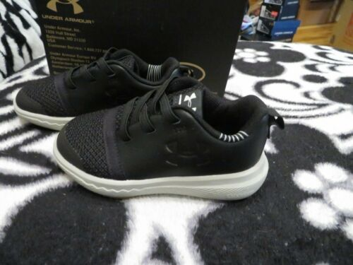 Size 6 New Toddler Boys Black Under Armour Charged 24//7 Tennis Shoes