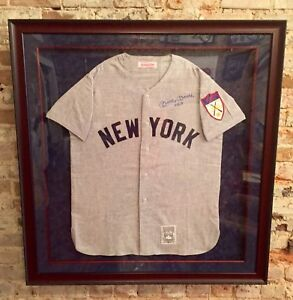 "competitive price f9a6c f1c1a Details about Mickey Mantle Autographed Custom Framed Mitchell/Ness Jersey  w""No. 7""-JSA LOA"