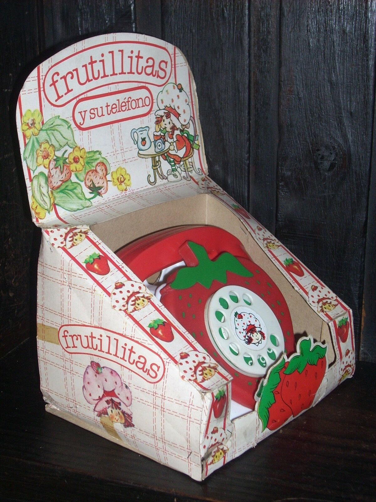VINTAGE & VERY RARE ARGENTINA STRAWBERRY SHORTCAKE AND HER TELEPHONE NEW IN BOX