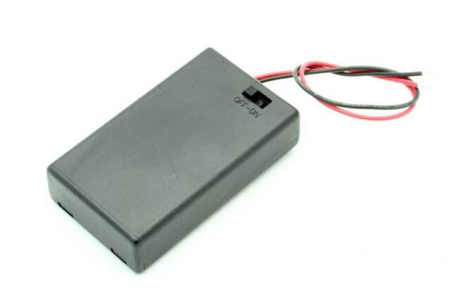 Battery Box with On/Off switch & 150mm Leads for 3AA Battery (1 Pack) (BY351)