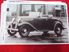 1932 FORD  ROADSTER   11 X 17  PHOTO   PICTURE