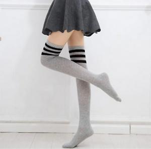 Chaussettes-hautes-montantes-grises-bandes-horizontales-noires-sporty-sexy