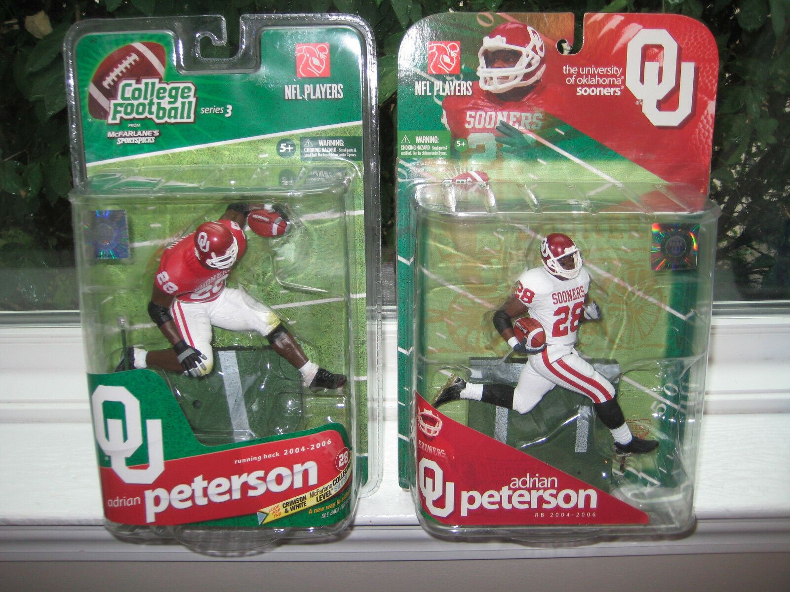 MCFARLANE NCAA 1 & 3 ADRIAN PETERSON COLLECTOR LEVEL CHASE VARIANT  574/750 LOT