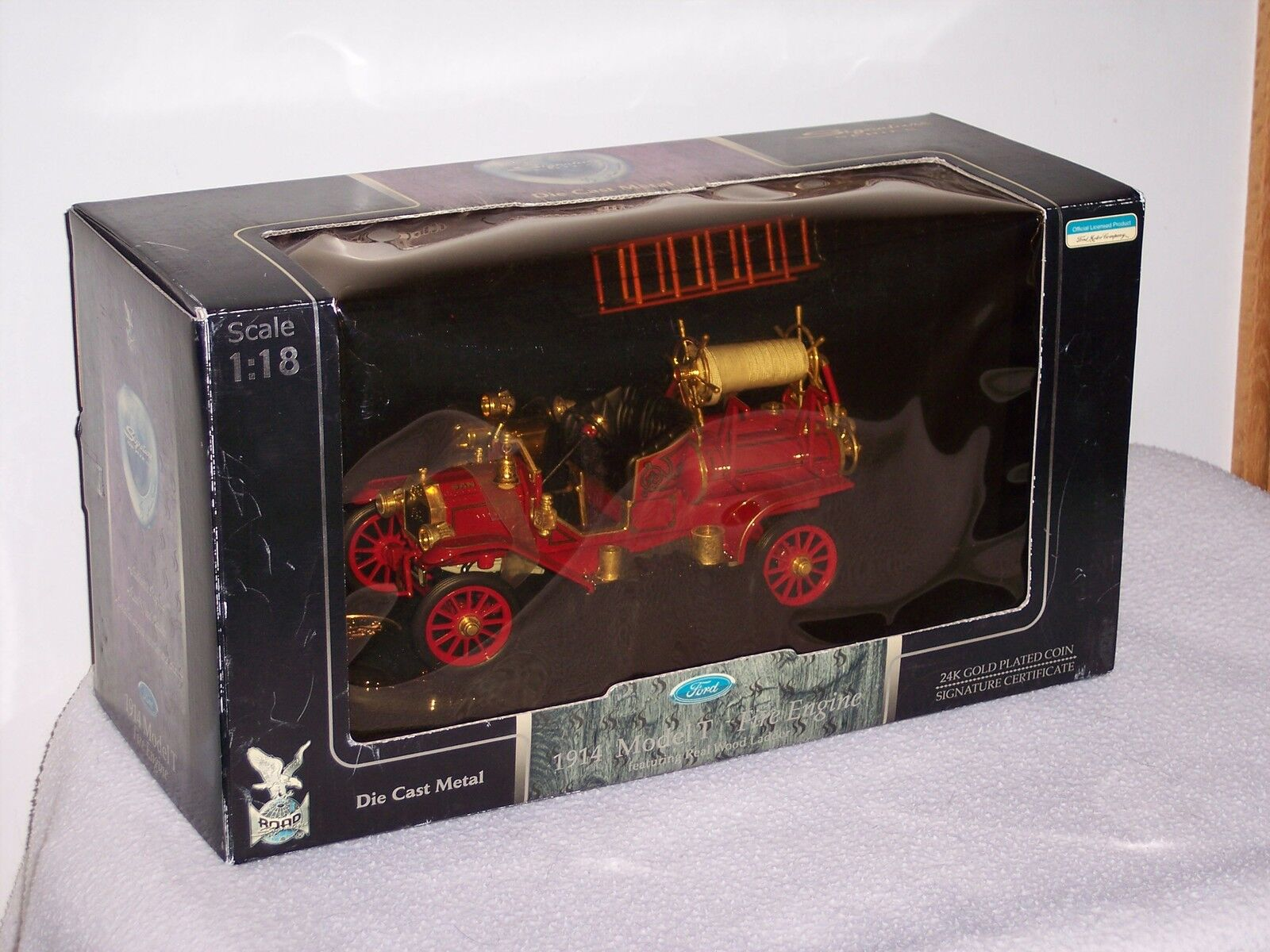 1914 FORD modelt-Fire Engine FORD Exclusive 1 18 - NEUF