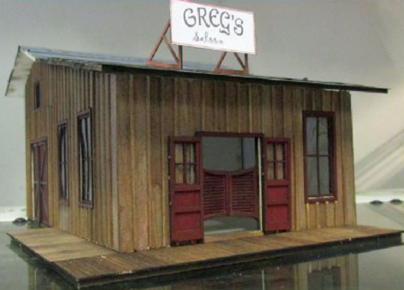 GREG'S SALOON O On30 Model Railroad Structure Unpainted Wood Laser Kit RSL1005