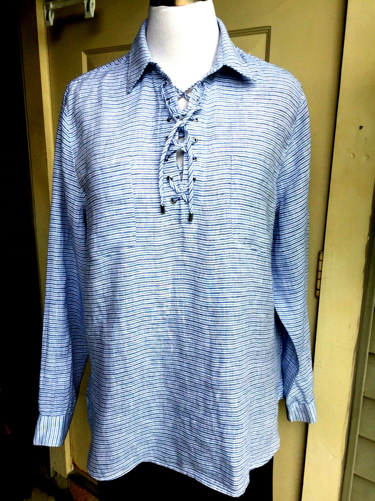 NWT  79.00 Land's End 100% bluee wave stripe linen laceup blouse size 18
