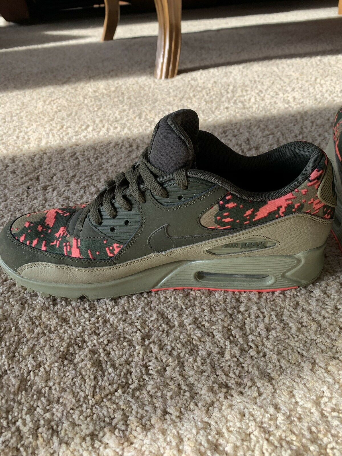 Nike Air Max shoes - Size 11.5