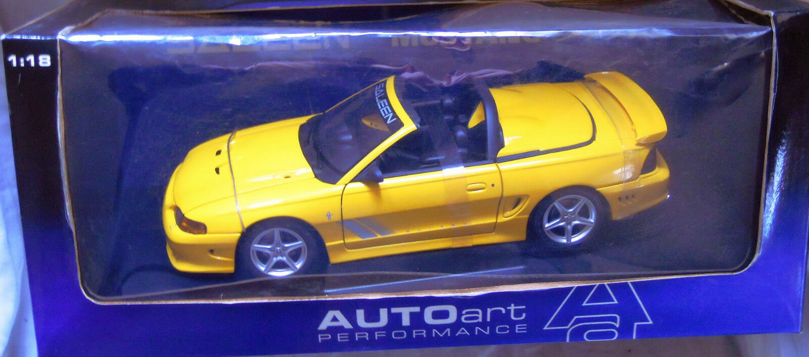 Autoart 72731 Saleen Mustang S351, Diecast in 1 18, NEW & BOXED-VERY RARE