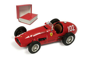 Ixo Sf11 / 52 (b) Ferrari F1 500 F2 # 102 1952 - Giuseppe 'nino' Farina à l'échelle 1/43