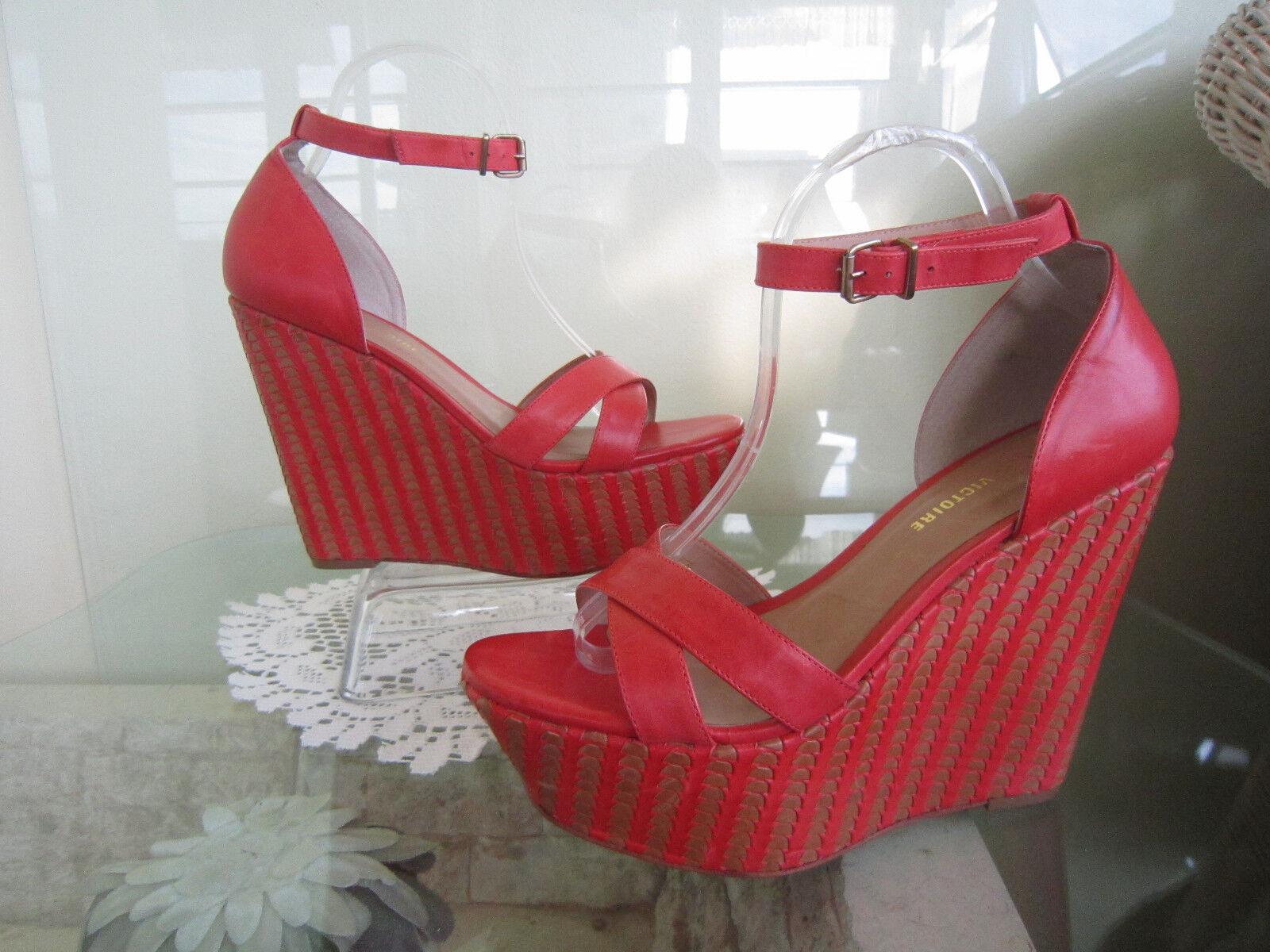 i nuovi marchi outlet online Pour La Victoire Coral Leather Sandals Woven Platform Wedges Sz Sz Sz 10   295  disegni esclusivi