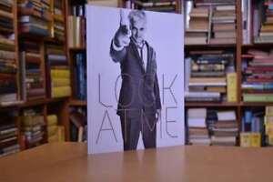 Look-At-Me-Agius-Lorenzo-Very-Good-Book