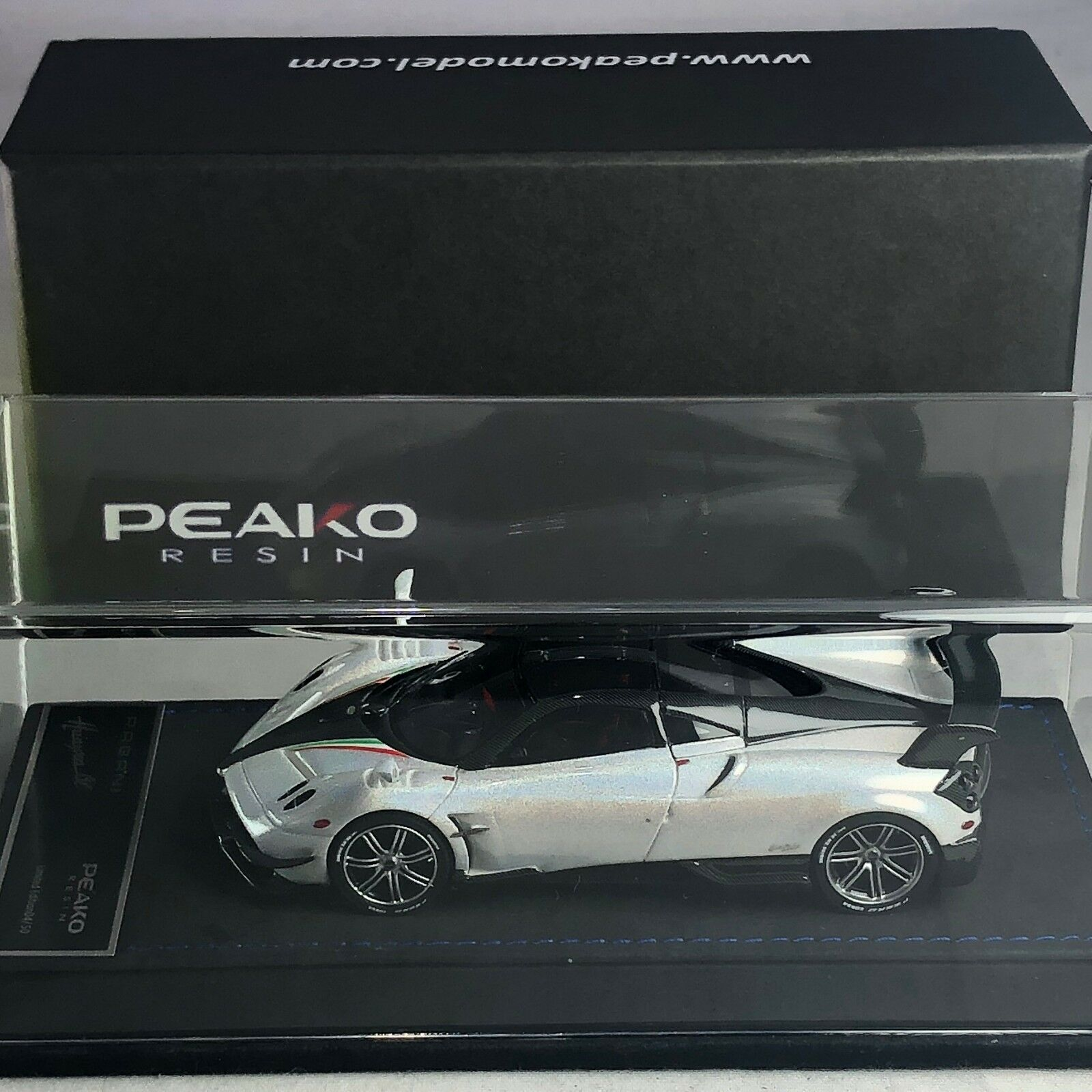 1/43 Scale Peako Model Pagani Huayra BC Chameleon White 31115 Ltd 50 pcs