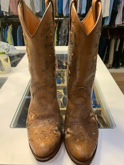 womens western boots size 7