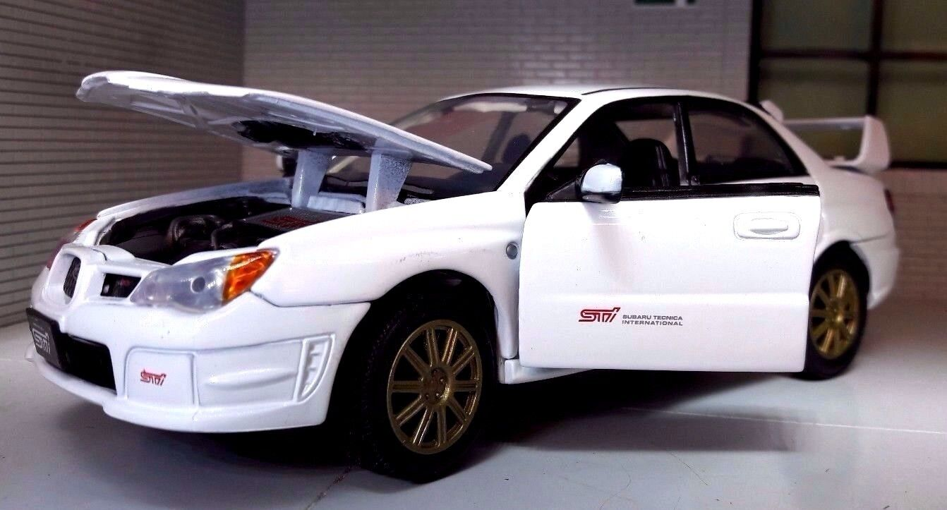 G LGB 1 24 Scale Diecast Motormax Subaru Impreza WRX STi Model Car 2005 73330