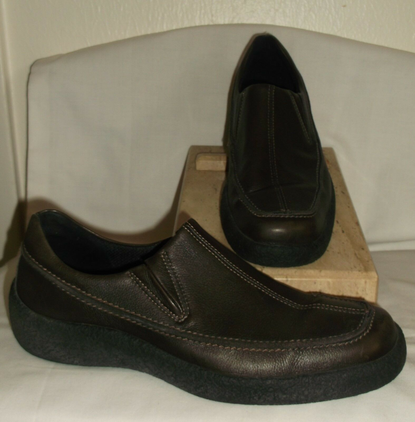 ECCO SLOVAKIA MENS BROWN LEATHER LOAFERS  41   7 TO 7.5
