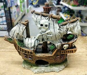 Pirate-Ship-Resin-Aquarium-Ornament-Fish-Tank-Decor-Skull-and-Cross-Bones