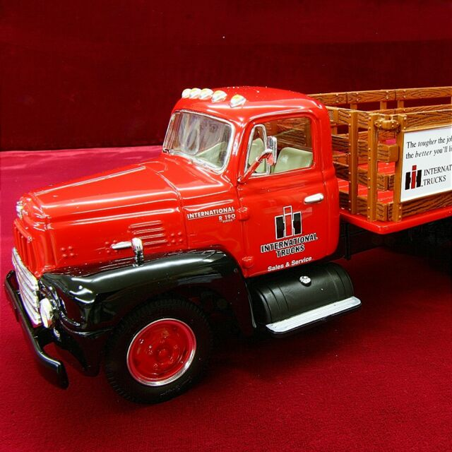 FIRST GEAR SALE - Loaded INTERNATIONAL HARVESTER TRUCKS 1957 R190 Stake  Truck