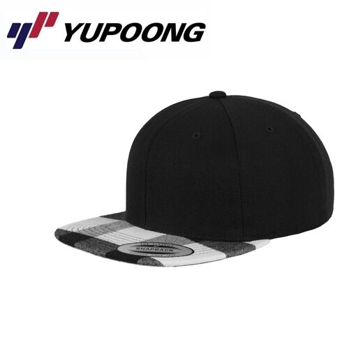 Yupoong Checked Flanell Peak Snapback Cap Schwarz Weiß